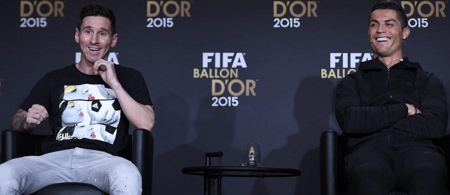 Na pomniku Cristiano Ronaldo, stojącym w rodzinnym mieście piłkarza Funchal na Maderze, namalowano czerwoną farbą nazwisko... Lionela Messiego i numer 10, z którym występuje Argentyńczyk - doniosły lokalne media.