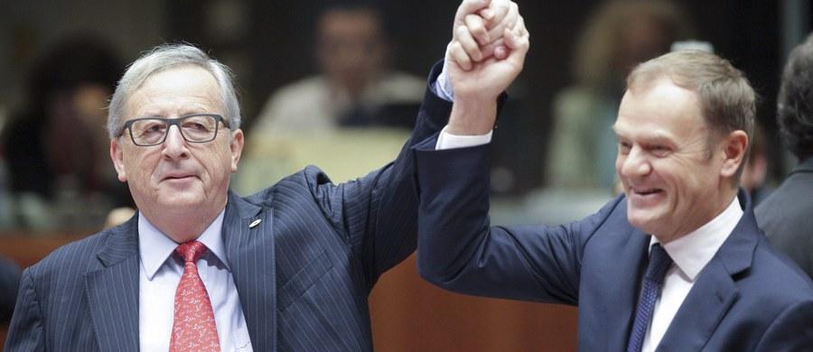 """Rzadko zdarza mi się doceniać Donalda Tuska, ale przyznaję, nie sposób odmówić mu racji, kiedy przestrzega kolegów eurokratów, że w sprawie Polski """"przesadzone opinie mogą mieć odwrotny skutek"""". To akurat trzeźwa opinia, formułowana jednak """"po szkodzie"""". Odwrotne skutki już nastąpiły i kto jak kto, ale były premier powinien był je przewidzieć. Dzisiejsza decyzja Komisji Europejskiej tylko te skutki wzmocni."""
