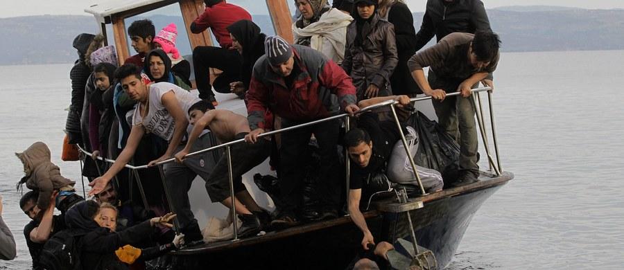 Państwo Islamskie chce przeprowadzić w Europie nowy zamach terrorystyczny na wielką skalę. Organizacja ta chce wysadzić w powietrze statek pełny uchodźców w jednym z europejskich portów - alarmują francuskie media, powołując się na informacje rodzimych służb specjalnych.