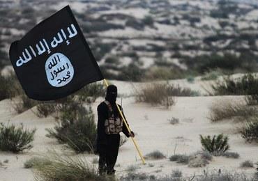 Państwo Islamskie uczy 9-letnich chłopców wykonywać egzekucje