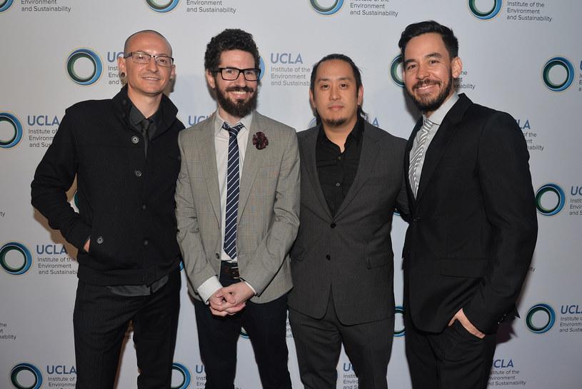 """To jeden z największych hitów serwisu YouTube ostatnich dni. Niecodzienne wykonanie piosenki Linkin Park """"At the End"""" w trzy dni zobaczyło ponad dwa miliony widzów."""
