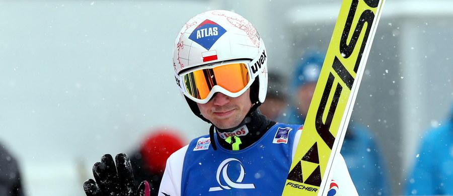 Polscy skoczkowie narciarscy zajęli piąte miejsce w drużynowym konkursie mistrzostw świata w lotach na skoczni Kulm w austriackim Bad Mitterndorf. Zwyciężyli Norwegowie przed zespołami Niemiec i Austrii.