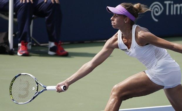 Magda Linette przegrała z Portorykanką Monicą Puig 3:6, 0:6 w pierwszej rundzie turnieju Australian Open. Tenisistka z Poznania zadebiutowała tym spotkaniem w głównej drabince singla wielkoszlemowej imprezy w Melbourne.