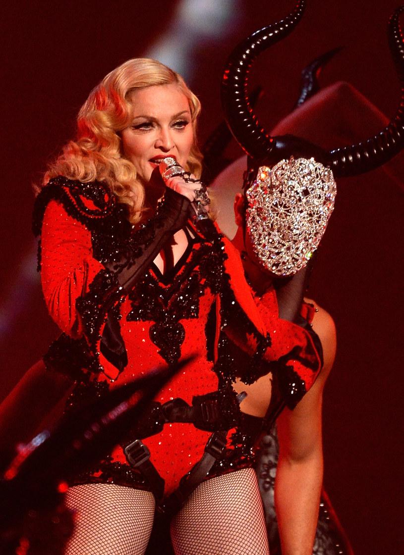 Madonna znów rozzłościła fanów dużym opóźnieniem koncertu. Gwiazda rozpoczęła swój występ w Kentucky trzy godziny później, niż zaplanowano.