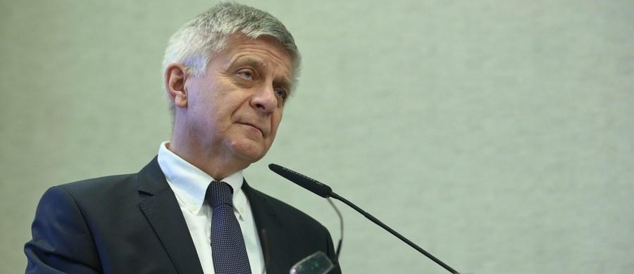 Ustawa (ws. frankowiczów) w takim kształcie może nam zdestabilizować system bankowy. A bez systemu bankowego gospodarka utknie nam na mieliźnie – tak o prezydenckiej ustawie o pomocy frankowiczom mówi w rozmowie z RMF FM prezes Narodowego Banku Polskiego. Według Marka Belki prezydencka propozycja jest zła, szkodliwa i w obecnym kształcie niepotrzebna.