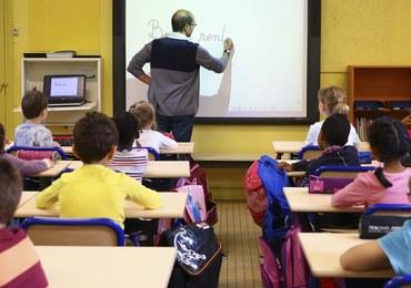 Coraz więcej polskich dzieci uczy się za granicą