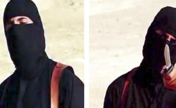 """W internetowym wydaniu magazynu """"Dabiq"""" zajmującego się rekrutacją bojowników Państwa Islamskiego i propagowaniem dżihadu potwierdzono, że nie żyje Mohammed Emwazi – Brytyjczyk walczący po stronie IS i znany jako """"Dżihadi John"""". O jego śmierci informowano już 12 listopada ubiegłego roku."""