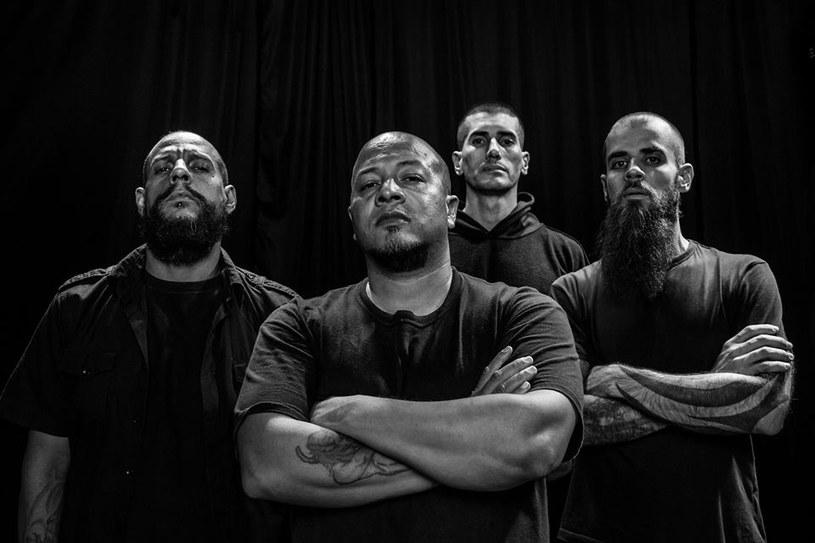 Brazylijska grupa Rebaelliun przypomni o sobie nową płytą. Ta jest właśnie nagrywana.