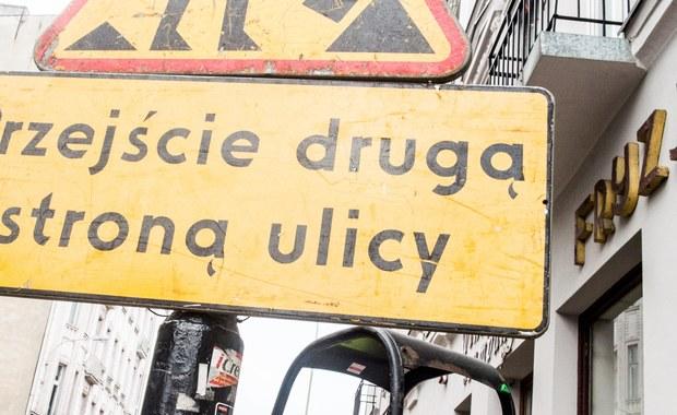 Od kilkuset do nawet powyżej tysiąca - tyle nazw ulic zmienią polskie samorządy. Nakaże im to ustawa dekomunizacyjna.