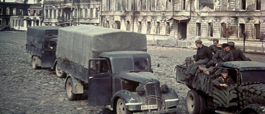 Mieszkaniec Kamiennej Góry w województwie dolnośląskim wskazał miejsce, w którym mają być ukryte wojskowe ciężarówki z czasów II wojny światowej. Pojazdy mogą stać w starej hali produkcyjnej, która została zasypana przez Niemców.