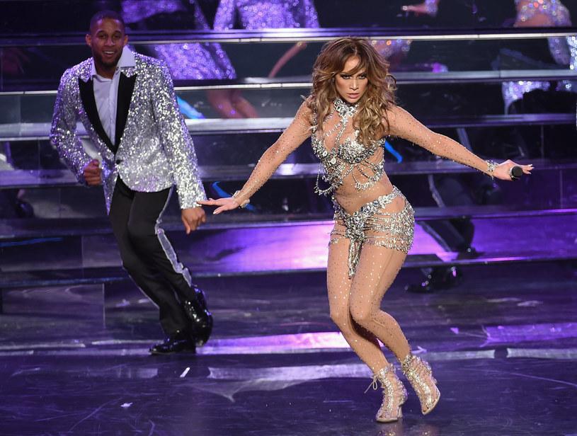 Trzeci koncert z serii występów w Las Vegas latynoskiej gwiazdy zakończył się wpadką. Obcisły kostium Lopez pękł na sam koniec wydarzenia.