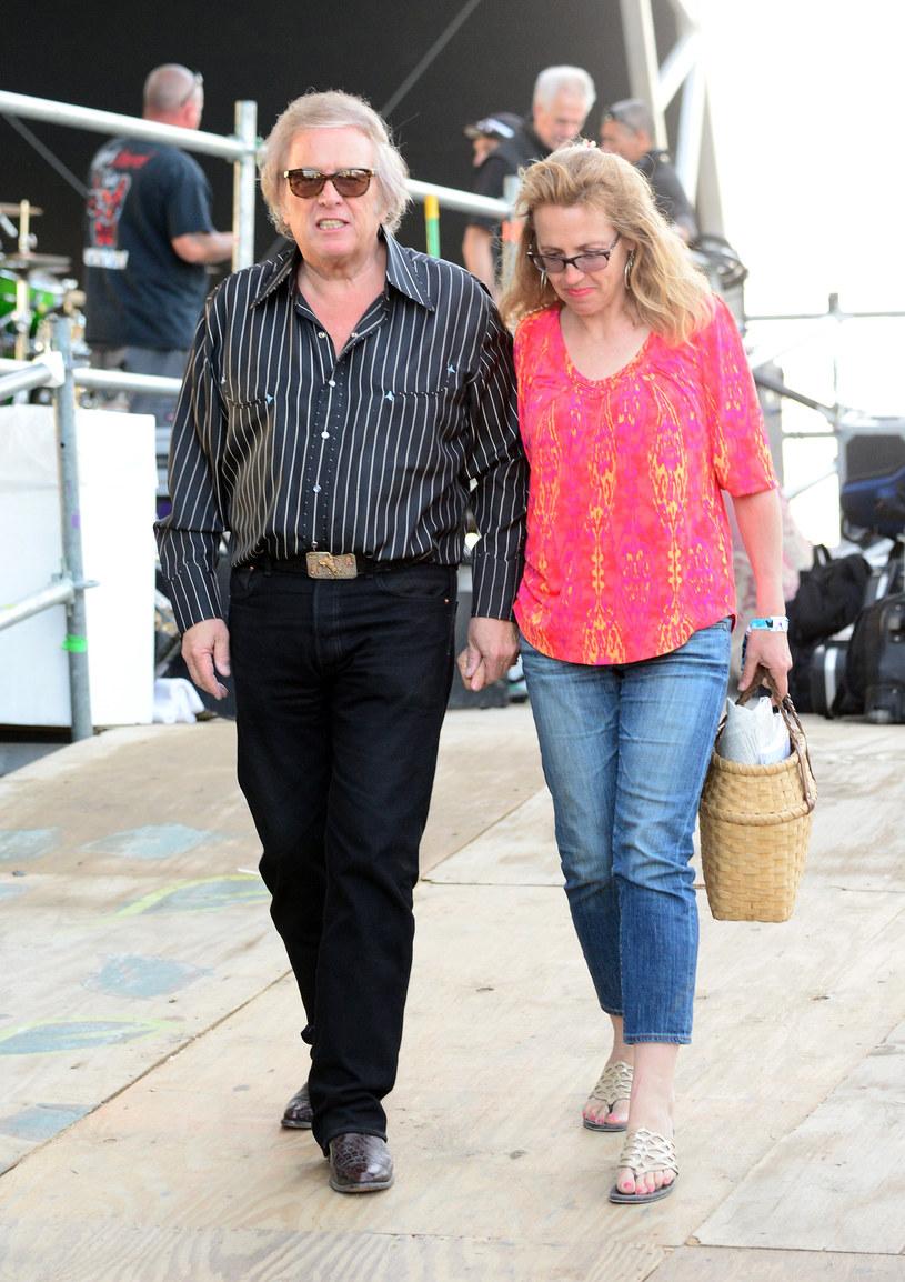 """Zarzuty przemocy domowej wobec znanego z przeboju """"American Pie"""" Dona McLeana zostały odwołane."""