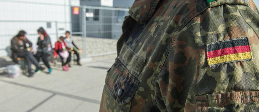 Na czarnym rynku w kurdyjskim regionie autonomicznym w Iraku oferowana jest broń Bundeswehry z zasobów przekazanych przez Niemcy władzom tego regionu. O sprawie piszą niemieccy nadawcy publiczni ARD, NDR i WDR.