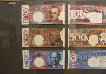 """Od wielu lat projektuje polskie banknoty. """"To bardzo żmudny proces"""""""