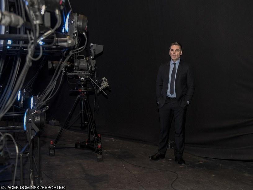 """W poniedziałek, 25 stycznia, na antenie TVP2 po raz ostatni mogliśmy obejrzeć program """"Tomasz Lis na żywo"""". Dziennikarz zapowiedział, że już 29 lutego startuje w nowym show."""