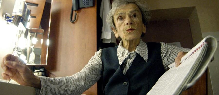 """Książkowe wydanie odnalezionej powieści """"Światła, które nie gasną"""" autorstwa Krystyny Feldman ukaże się w marcu, w 100. rocznicę jej urodzin. Rękopis odkryli spadkobiercy zmarłej w 2007 r. aktorki teatralnej, filmowej i serialowej."""