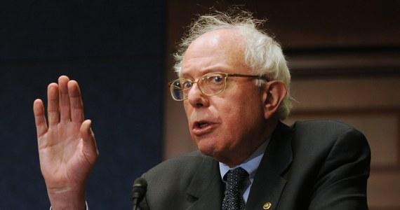 Ponad sześciotysięczna gmina Słopnice w Małopolsce trzyma kciuki za jednego z kandydatów na fotel prezydenta Stanów Zjednoczonych. Chodzi o Berniego Sandersa. Jego ojciec urodził się w Słopnicach i w wieku 17 lat wyemigrował do USA. Sanders w zmaganiach o nominację Partii Demokratycznej depcze po piętach samej Hilary Clinton.
