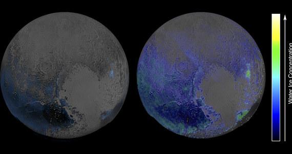 """Na powierzchni Plutona można znaleźć dużo więcej wody, niż dotąd myślano - informuje NASA. Wskazuje na to analiza najnowszych danych, przesłanych przez sondę New Horizons. Woda w postaci lodu stanowi podstawę, rodzaj """"skały macierzystej"""", na której inne rodzaje lodu tworzą bardziej zmienne formy terenu."""