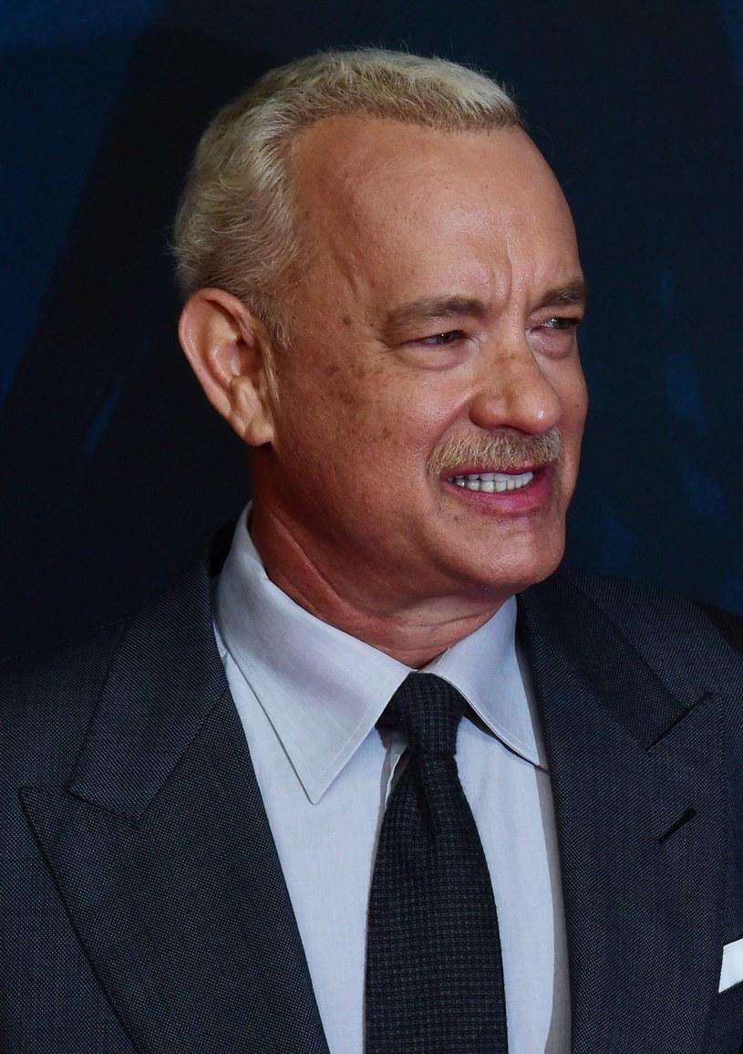 Już po raz piąty Tom Hanks został ulubieńcem Amerykanów. Aktor znalazł się na szczycie notowania The Harris Poll, w którym Amerykanie wybierają swoje ulubione gwiazdy.
