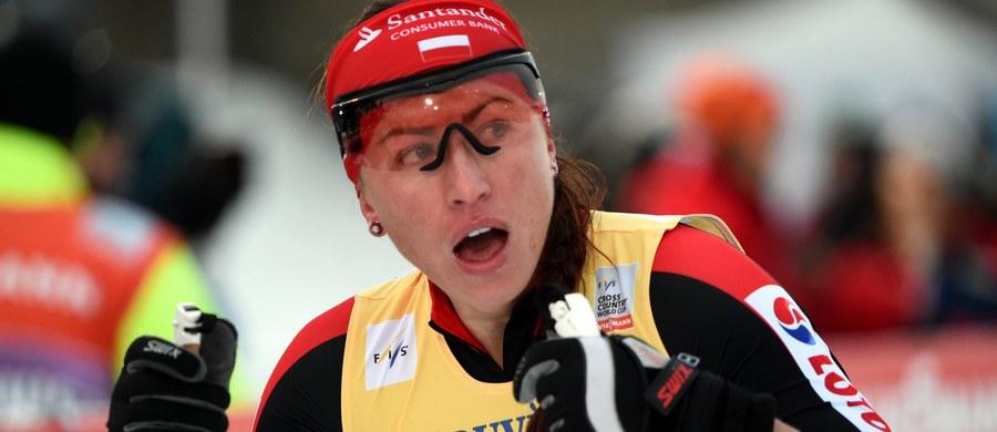 Nieudany start Justyny Kowalczyk w sprincie techniką klasyczną w norweskim Drammen. Polka, która wróciła do rywalizacji w Pucharze Świata po blisko miesięcznej przerwie, pożegnała się z zawodami już w kwalifikacjach, zajmując ostatecznie 48. miejsce. Sprint wygrała Norweżka Maiken Caspersen Falla.