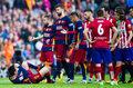 Filipe Luis zawieszony na trzy mecze za atak na Lionela Messiego