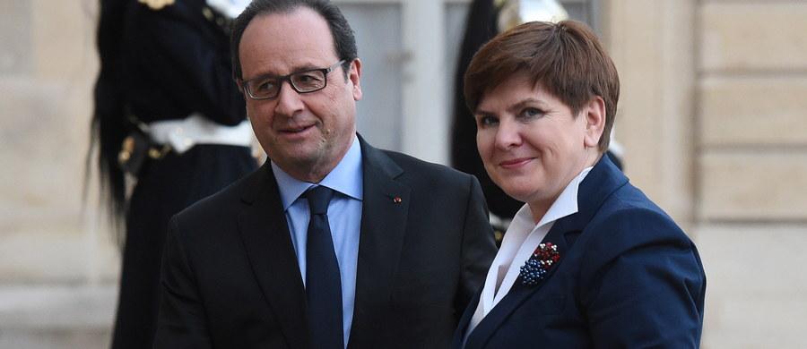 """Premier Beata Szydło i prezydent Francji Francois Hollande rozmawiali w środę w Paryżu m.in. o warunkach członkostwa Wielkiej Brytanii w Unii Europejskiej. """"Jest dla mnie bezdyskusyjne, że Wielka Brytania musi pozostać w Unii Europejskiej""""- powiedziała Szydło. Hollande zaznaczył jednak, że Francja nie chce, aby """"kraje spoza strefy euro mogły ingerować w politykę krajów eurolandu, a tego domaga się Wielka Brytania""""."""