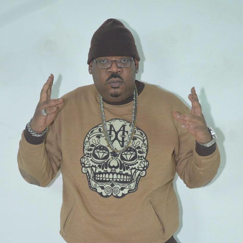 Jedna z kultowych postaci na nowojorskiej scenie hiphopowej, DJ Big Kap, zmarł w wieku 45 lat.