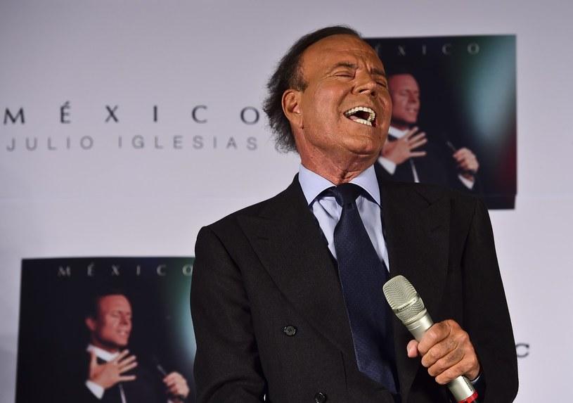 Na początku czerwca na trzy koncerty do Polski przyjedzie słynny hiszpański piosenkarz Julio Iglesias.