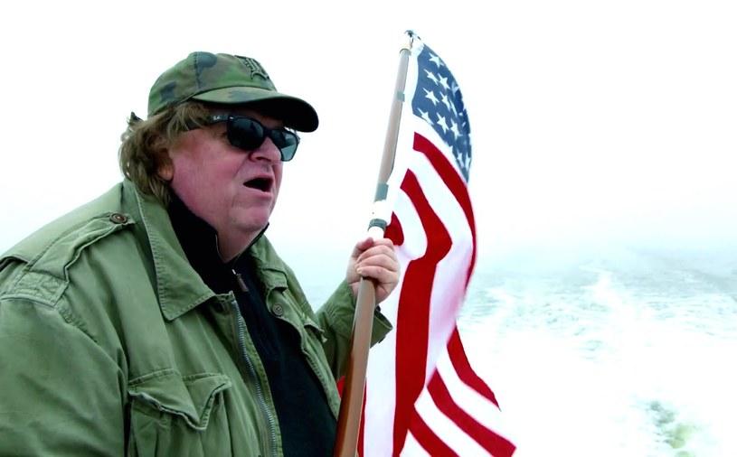 Laureat Oscara, dokumentalista Michael Moore, trafił na oddział intensywnej terapii szpitala w Nowym Jorku z poważnym przypadkiem zapalenia płuc.