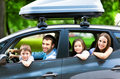 Bycie kierowcą zobowiązuje! Kilka zasad bezpiecznej jazdy