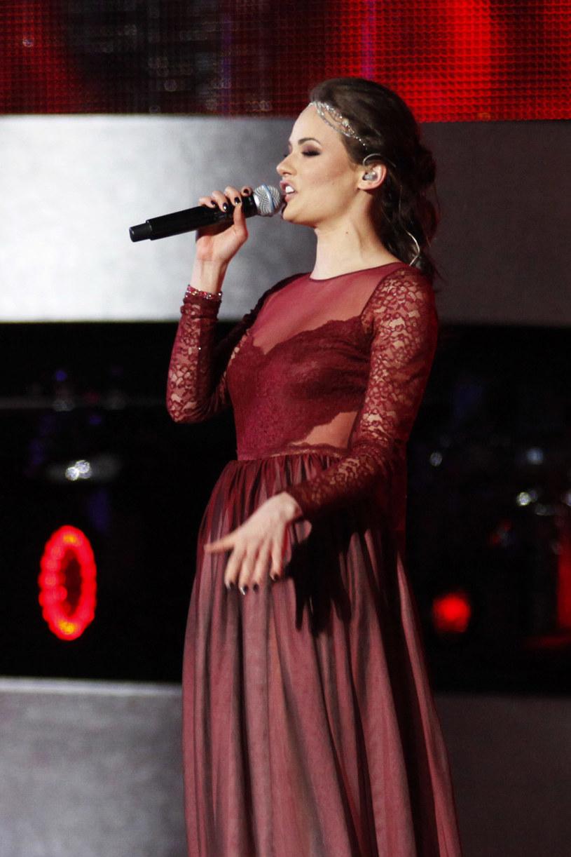 Znana ze współpracy z Liberem wokalistka Natalia Szroeder jest kolejnym wykonawcą, który zgłosił swoją piosenkę do krajowych eliminacji do Eurowizji 2016.