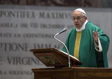 Papież do spowiedników: Nie okładajcie kijem ludzi w konfesjonale