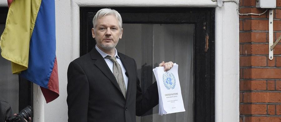 Szwedzcy prokuratorzy zapowiedzieli ponowienie wniosku o przesłuchanie oskarżanego o gwałt twórcy portalu WikiLeaks Juliana Assange'a. Twierdzą, że na tę sprawę nie ma wpływu korzystne dla Assange'a orzeczenie ONZ odnośnie jego przetrzymywania.