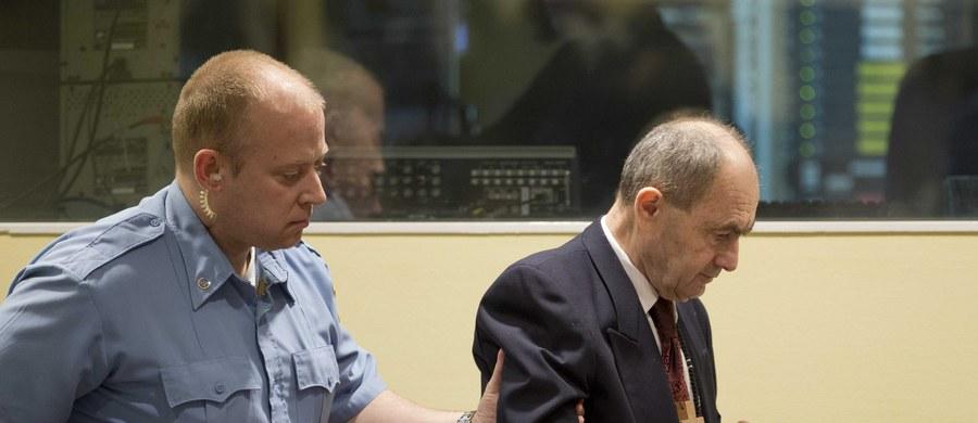 W celi w Hadze zmarł generał sił Serbów bośniackich Zdravko Tolimir. Odsiadywał wyrok dożywocia. Został skazany przez trybunał ONZ za zbrodnie w czasie wojny w Bośni i Hercegowinie w latach 1992-1995, w tym za masakrę w Srebrenicy.