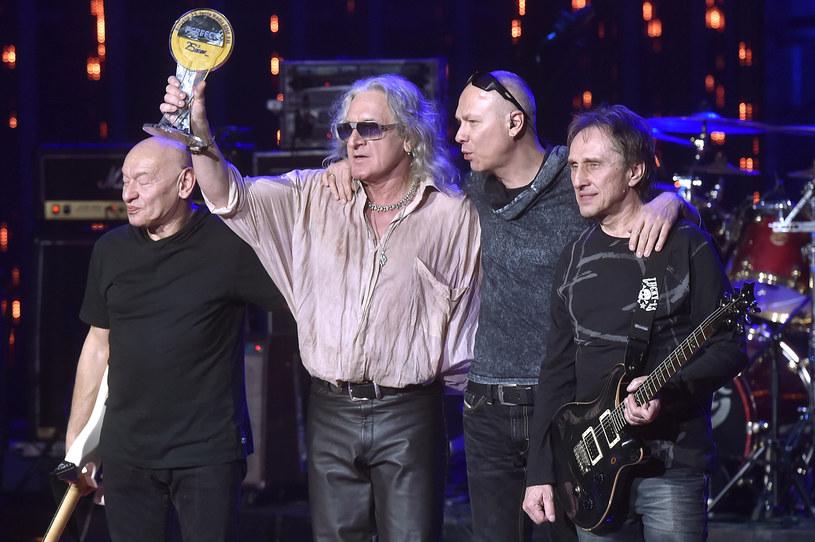 Legenda polskiego rocka oraz najmodniejszy obecnie polski raper dołączają do obsady Life Festival Oświęcim. Perfect i Taco Hemingway wystąpią na stadionie MOSiR w niedzielę, 19 czerwca, przed supergrupą Queen z Adamem Lambertem.