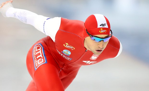Polscy łyżwiarze szybcy -  w tym mistrz olimpijski z Soczi Zbigniew Bródka - nie wystąpią w wyścigu indywidualnym na 1500 m na mistrzostwach świata w Kołomnie. Zespół biało-czerwonych zdecydował, że priorytetem będą zmagania drużynowe.