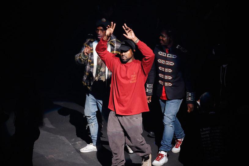 """11 lutego w Nowym Jorku (hala Madison Square Garden) Kanye West zaprezentował światu swój nowy album """"The Life of Pablo"""". W błyskawicznym skrócie przedstawiamy najważniejsze fakty z premiery."""