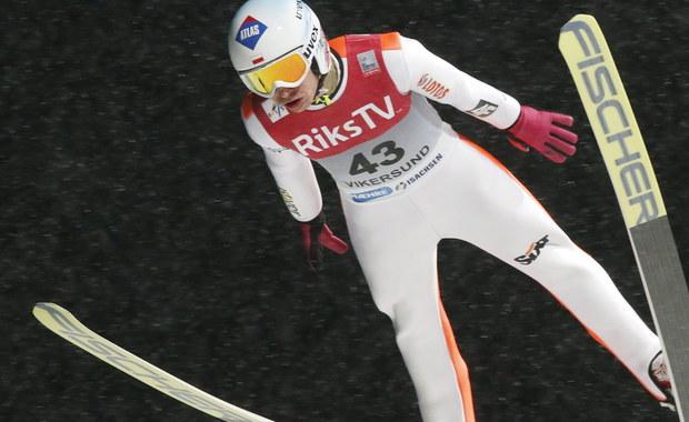 Kamil Stoch będzie miał dziś pierwszą z dwóch okazji by udowodnić, że udany drugi skok piątkowego konkursu Pucharu Świata w lotach narciarskich w norweskim Vikersund nie był przypadkiem. Polak uzyskał 221 m i zajął 14. pozycję, choć po pierwszej serii był 27.