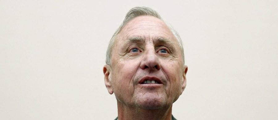 """Były piłkarz i trener Barcelony Johan Cruyff z optymizmem wypowiada się na temat swojej trwającej od kilku miesięcy walki z rakiem płuc. """"Czuję, że po pierwszej połowie meczu prowadzę 2:0"""" - napisał w oświadczeniu Holender."""