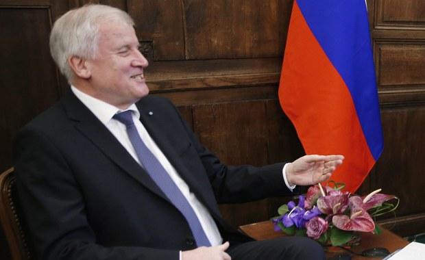 """Delegacja amerykańskich senatorów na Monachijską Konferencję Bezpieczeństwa zbojkotowała uroczystą kolację w rezydencji premiera Bawarii Horsta Seehofera - informuje """"Der Spiegel"""". Miał to być  znak protestu przeciwko jego  niedawnej wizycie w Moskwie"""
