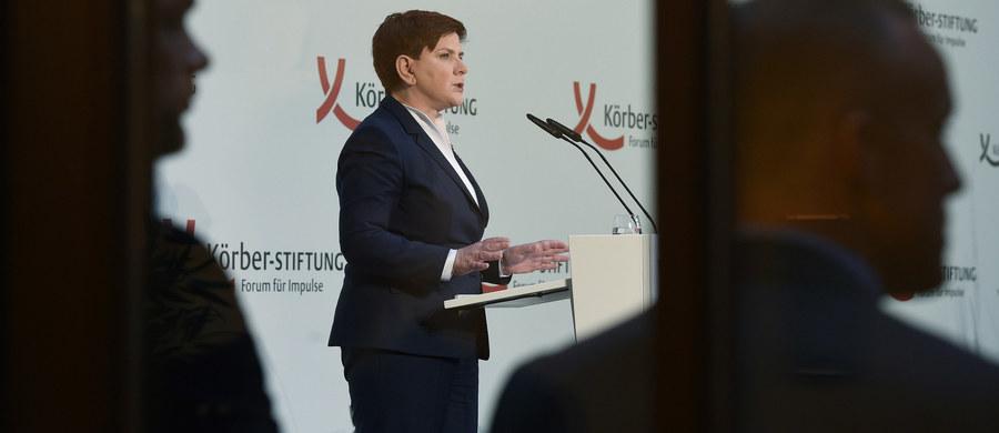 """Premier chce likwidacji stanowisk ośmiu pełnomocników rządu - pisze """"Rzeczpospolita"""". Ale i tak w gabinecie Beaty Szydło będzie ich 22."""