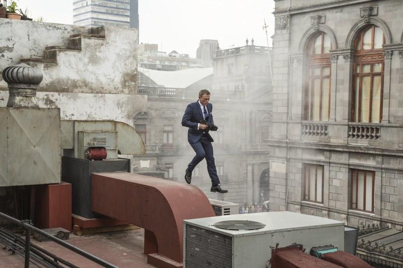 """Daniel Craig zagra główną rolę w mini-serialu, opartym na powieści """"Purity"""" Jonathana Franzena. Niektórzy komentatorzy widzą w tej decyzji ostateczne zerwanie aktora z postacią Jamesa Bonda."""