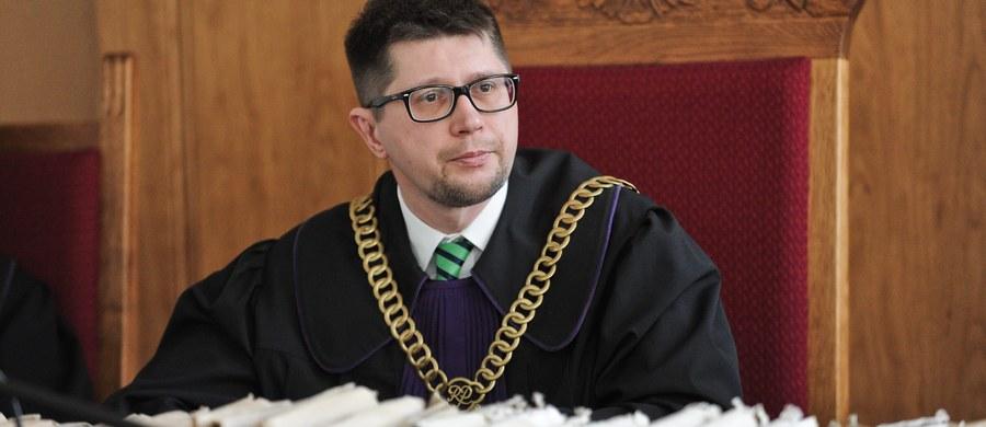 Prokuratura Okręgowa w Warszawie wszczęła śledztwo ws. podszywania się na portalu społecznościowym pod sędziego Wojciecha Łączewskiego - poinformował rzecznik tej prokuratury Przemysław Nowak. Dodał, że śledztwo wszczęto z zawiadomienia Łączewskiego.