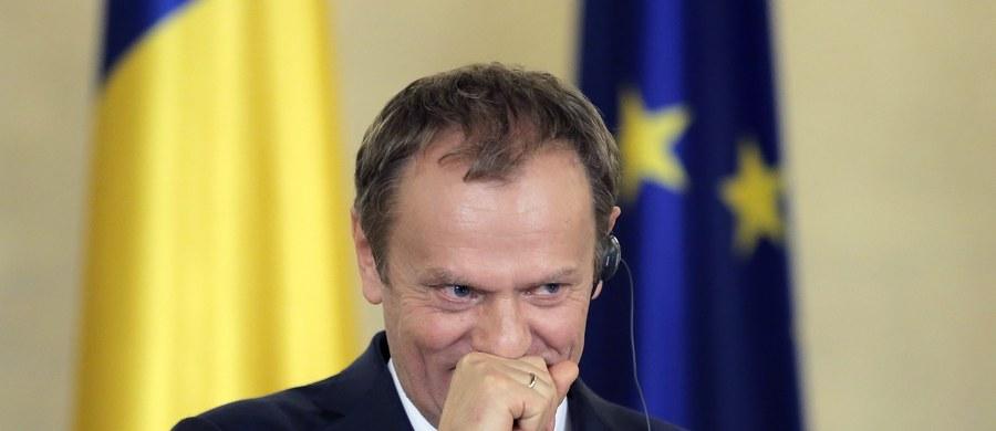 """Szef Rady Europejskiej Donald Tusk, który w poniedziałek odwiedził Paryż i Bukareszt, powiedział, że liczy, iż Unia i Londyn osiągną porozumienie ws. propozycji Brukseli pozwalających na prowadzenie kampanii na rzecz pozostania W. Brytanii w zreformowanej Unii Europejskiej. """"Ryzyko rozpadnięcia się UE jest realne"""" – stwierdził były polski premier."""