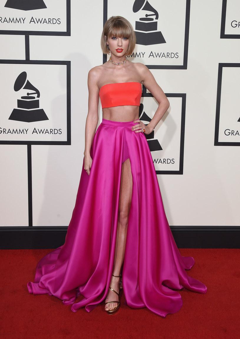 Taylor Swift okazała się jedną z największych wygranych ceremonii Grammy 2016. Część internautów była zachwycona Taylor Swift na imprezie, ale pewna grupa internautów postanowiła zażartować z gwiazdy.