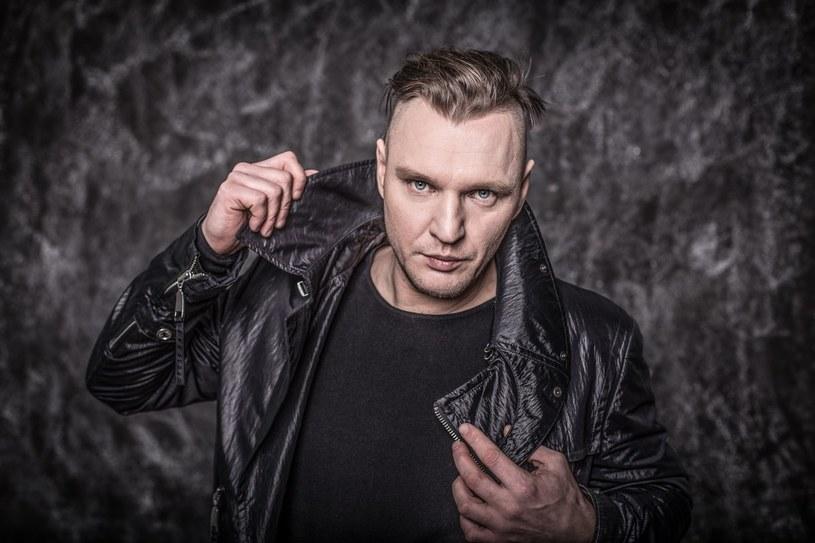 Wokalista Marcin Klimczak przyznaje, że 20 lat temu nie poradził sobie z nagłym sukcesem zespołu Magma. Teraz żałuje lat spędzonych z dala od muzycznej sceny. Od momentu rozpadu zespołu imał się różnych zajęć: był barmanem, pracownikiem na budowie, właścicielem agencji aktorskiej. Obecnie wraz z Piotrem Kubiaczykiem pracuje nad nową płytą Magmy, a wiosną rusza w trasę koncertową.