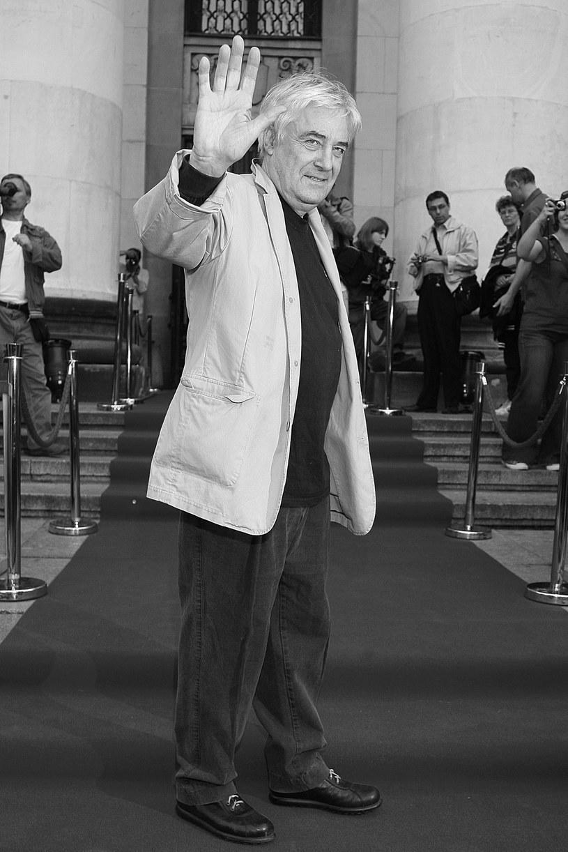 """""""Prywatnie był ujmującym człowiekiem, szalenie sympatycznym i przyjacielskim, fantastycznym towarzyszem od wszystkiego; był erudytą, miał bardzo dużą wiedzę"""" - powiedział o Andrzeju Żuławskim prezes Stowarzyszenia Filmowców Polskich Jacek Bromski.  """"Andrzej Żuławski był artystą nowatorskim w swym myśleniu i reżyserem odważnym bez granic"""" - dodał Dariusz Jabłoński, prezydent Polskiej Akademii Filmowej. """"Przekraczał granice tradycyjnego kina"""" - przyznał Feliks Falk."""