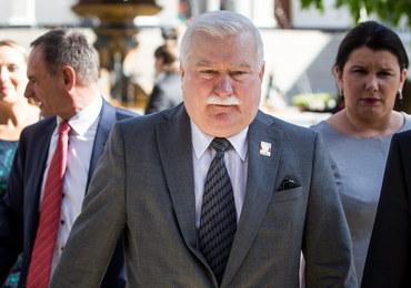 Tusk o teczkach Wałęsy: Sprawa odgrzewana, przykra dla wizerunku