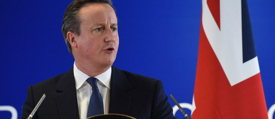Jest porozumienie w sprawie zmiany warunków członkostwa Wielkiej Brytanii w Unii Europejskiej. Premier David Cameron oświadczył, że uzgodniony kompromis pozwala mu zachęcać Brytyjczyków, by w planowanym referendum zagłosowali za pozostaniem w Unii Europejskiej.
