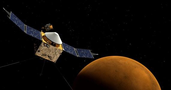 W odpowiedzi na konkurs, którego celem jest wyłonienie kandydatów do lotu na Marsa, nadesłano 18 300 życiorysów. Oznacza to pobicie rekordu z 1978, gdy odnotowano 8000 zgłoszeń – podała w piątek amerykańska agencja aeronautyki i przestrzeni kosmicznej NASA.